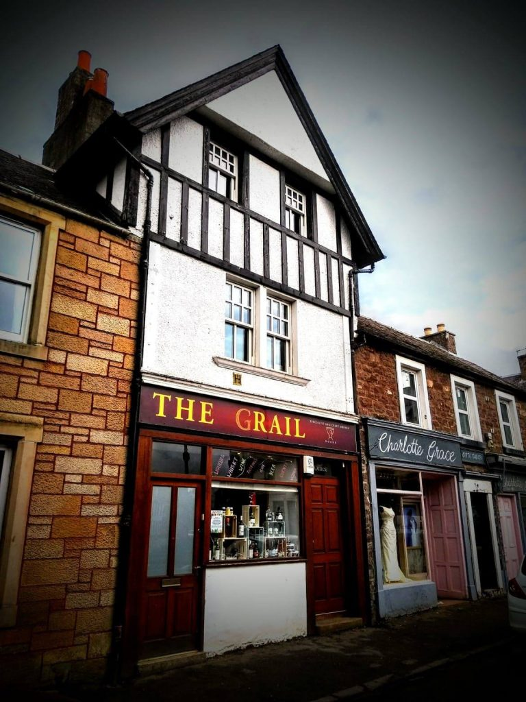 The Grail Doune, Central Scotland. Whisky, Gin and Scottish Craft Drinks Shop and Tasting Experience